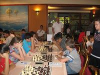 Four players win gold a round before the end of the European Schools Chess